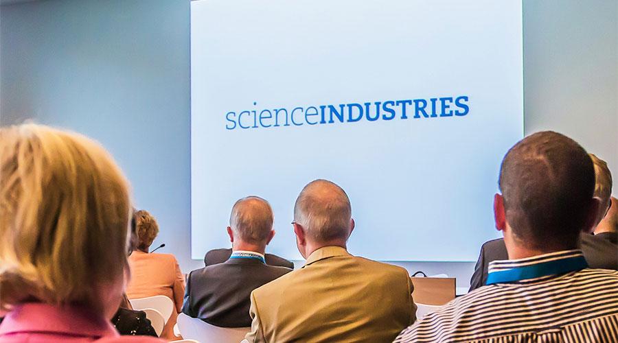 scienceindustries Logo in Anwendung